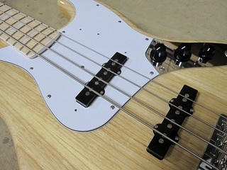 bass44.jpg