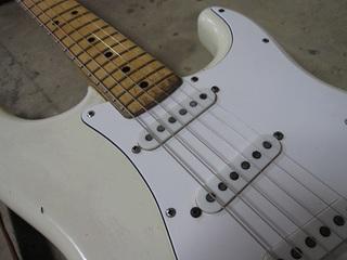 guitar102.jpg