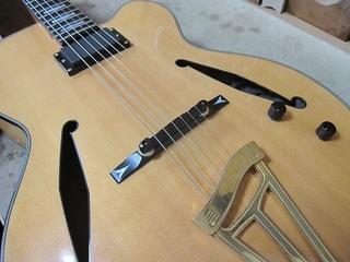 guitar201.jpg