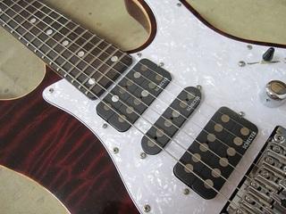 guitar210.jpg