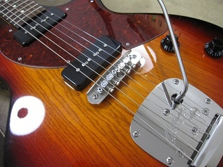 guitar305.jpg
