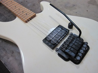 guitar323.jpg