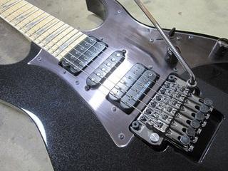 guitar330.jpg