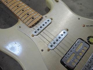 guitar360.jpg